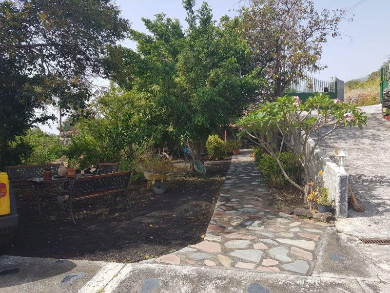 For sale of chalet in La Palma