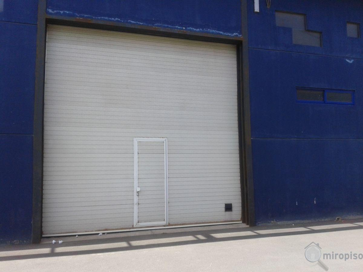 For sale of industrial plant/warehouse in Güímar