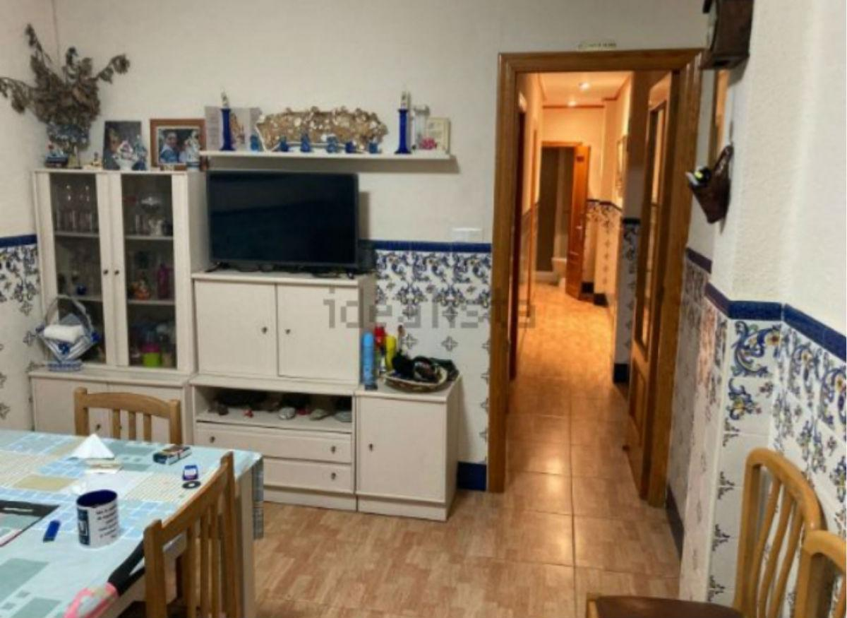 For sale of apartment in Valencia
