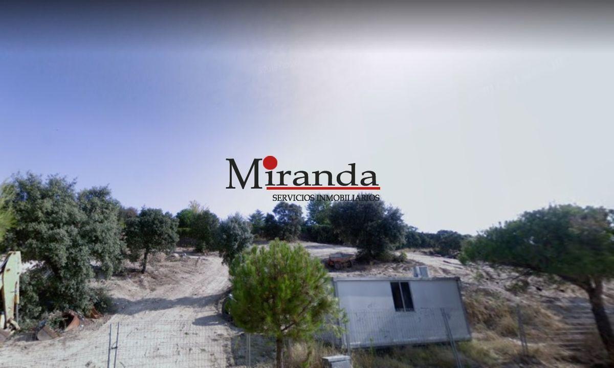 For sale of land in Villaviciosa de Odón