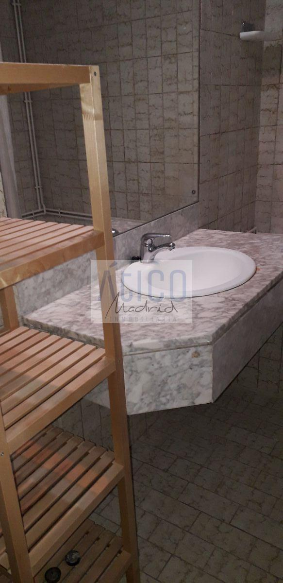For rent of apartment in Madrid