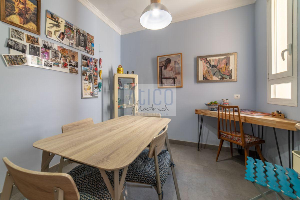 For sale of flat in Madrid