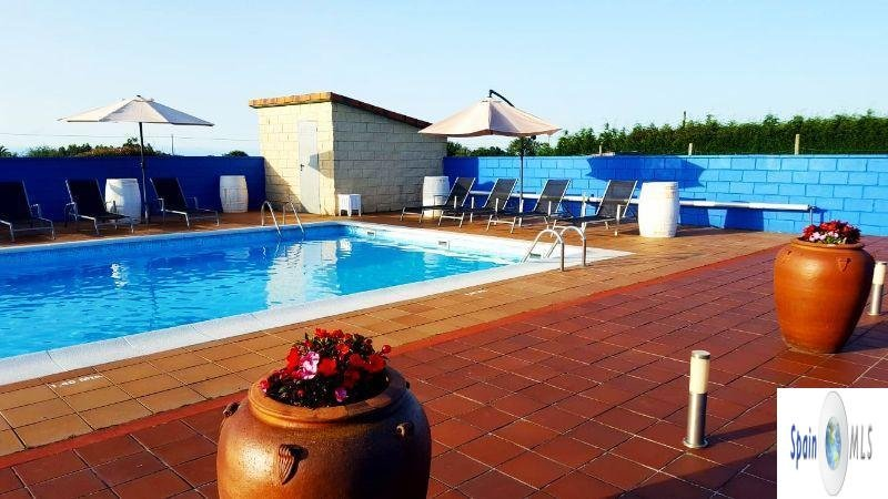For sale of villa in Villaviciosa
