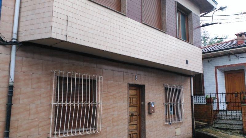 For sale of house in San Martín del Rey Aurelio