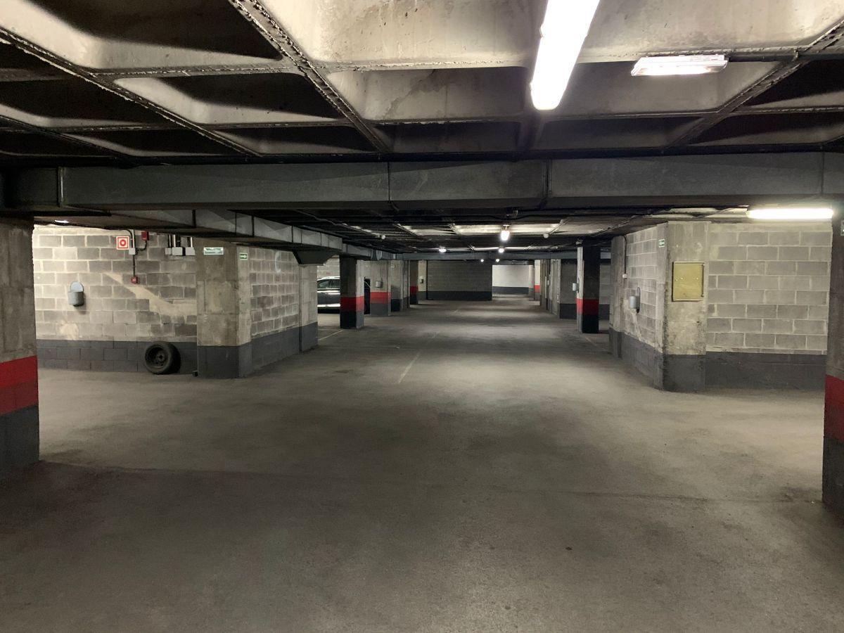 For sale of garage in Siero