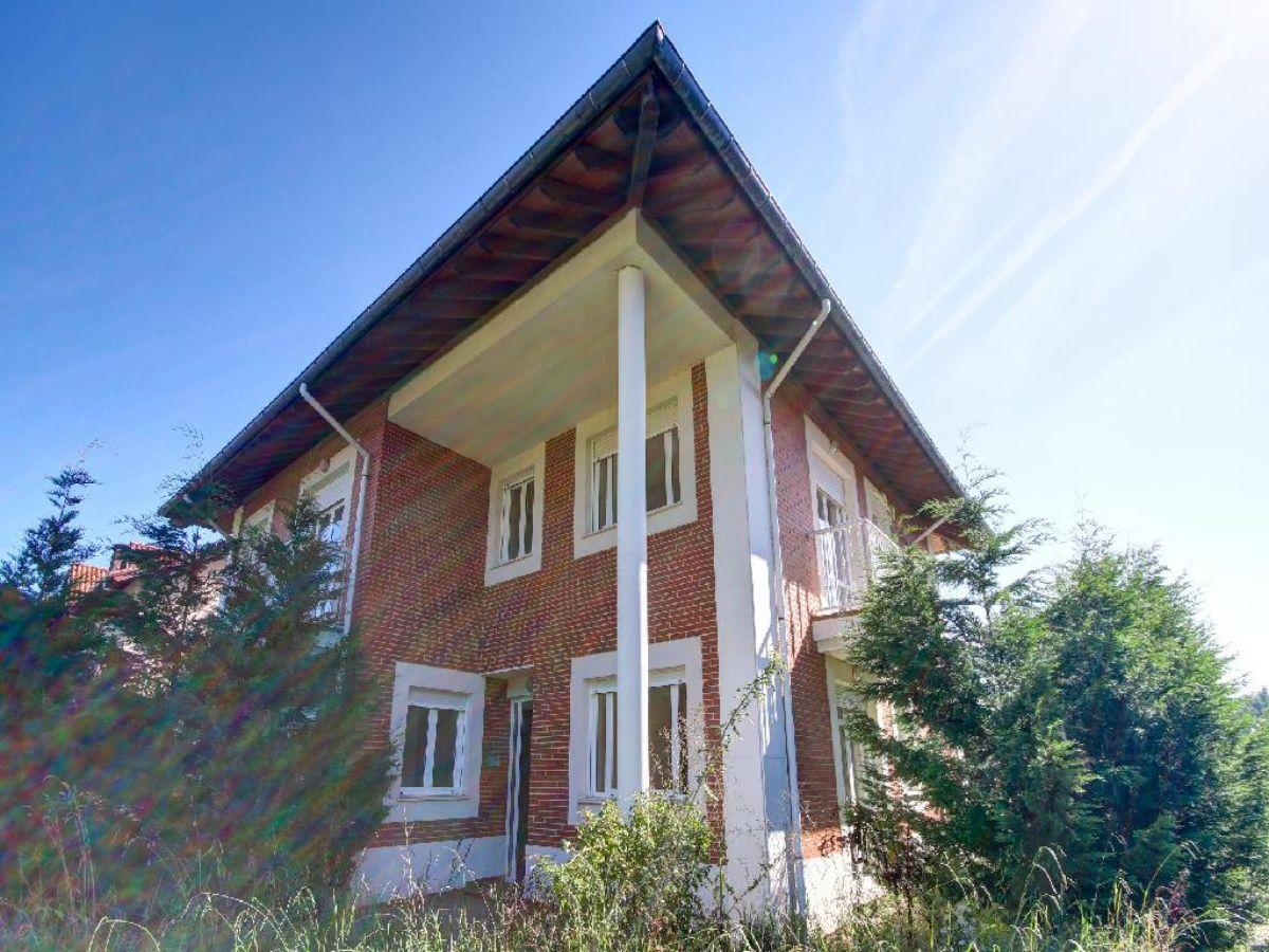 For sale of house in Comillas