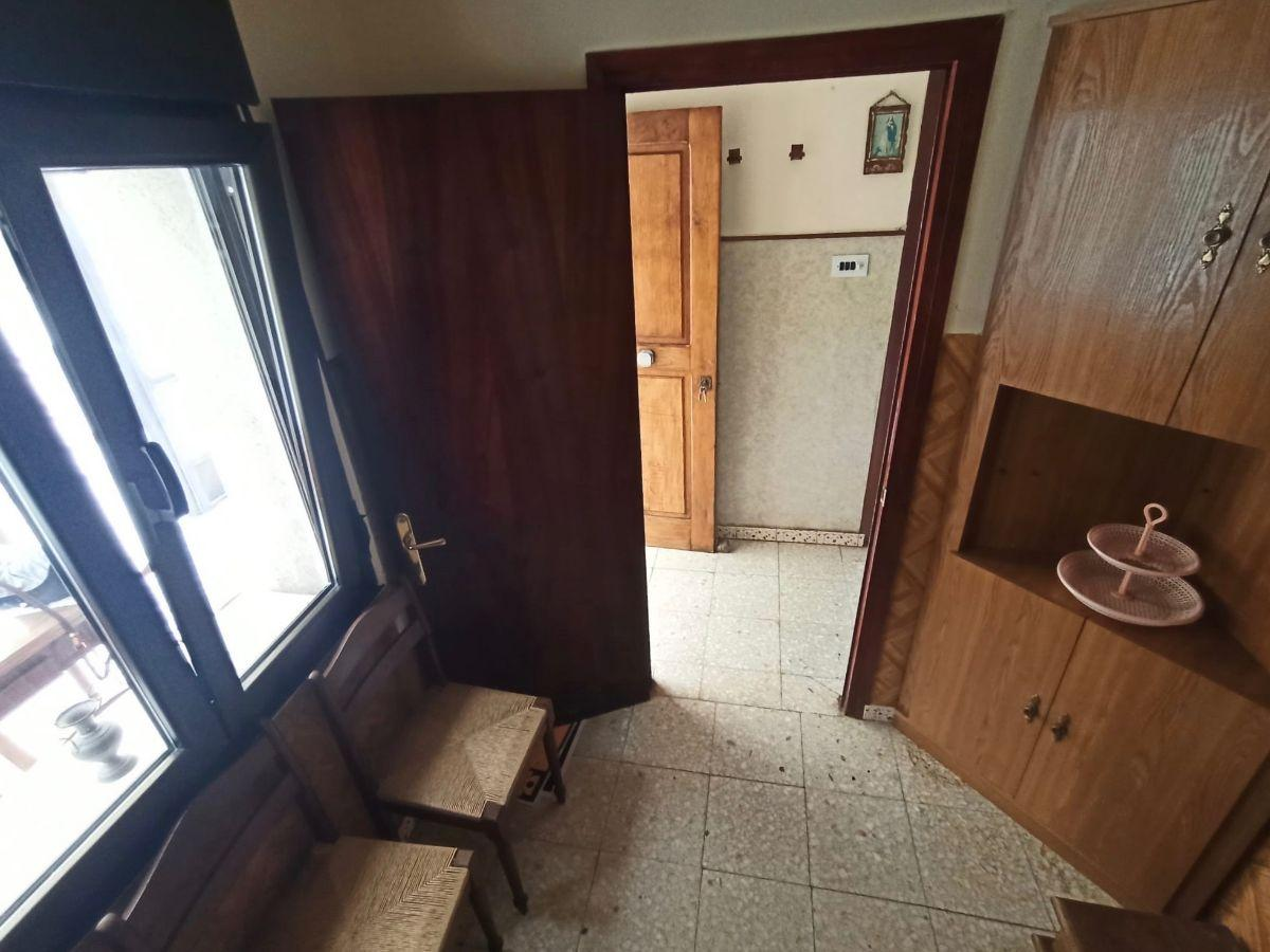 For sale of house in Bimenes