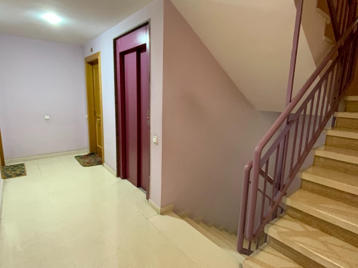 For sale of flat in Villaviciosa