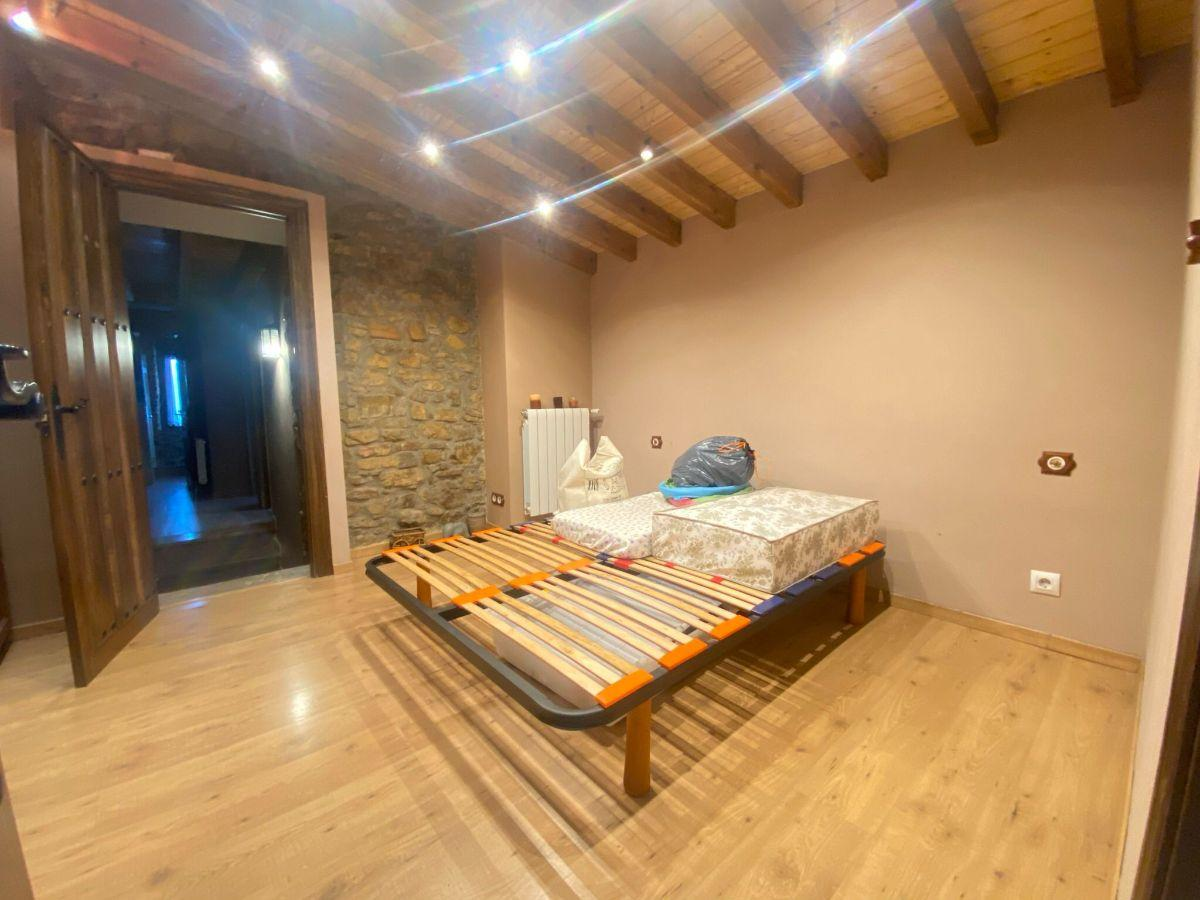 For sale of house in Oviedo