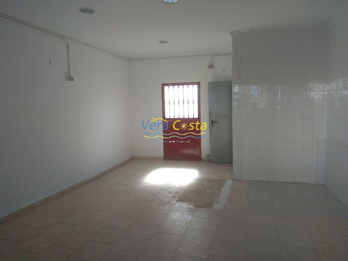 For sale of commercial in Isla Cristina