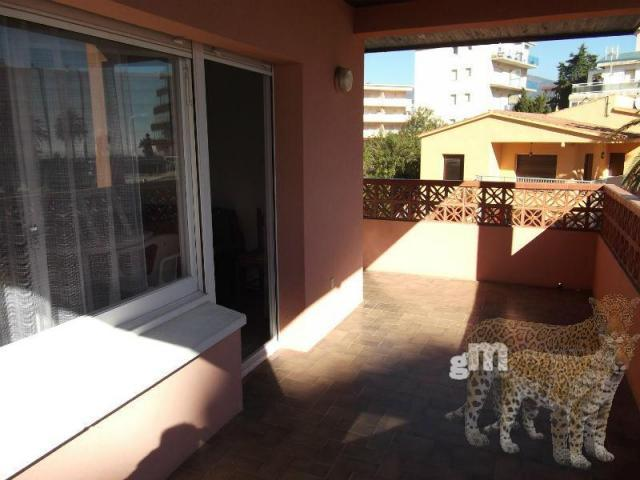 For sale of apartment in Roses