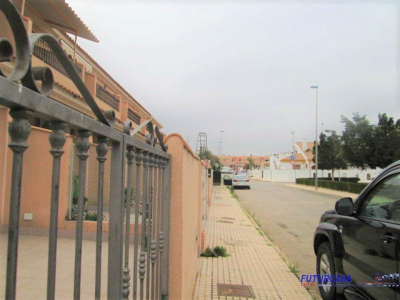 Venta de chalet en Pilar de la Horadada
