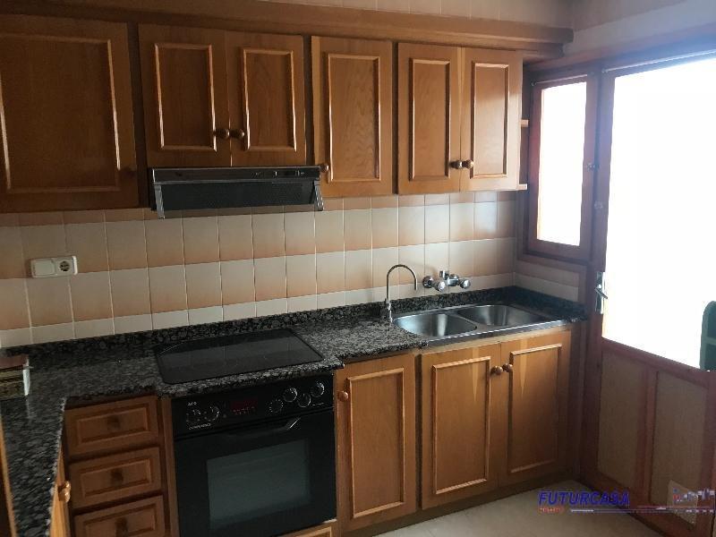 For sale of flat in Almansa