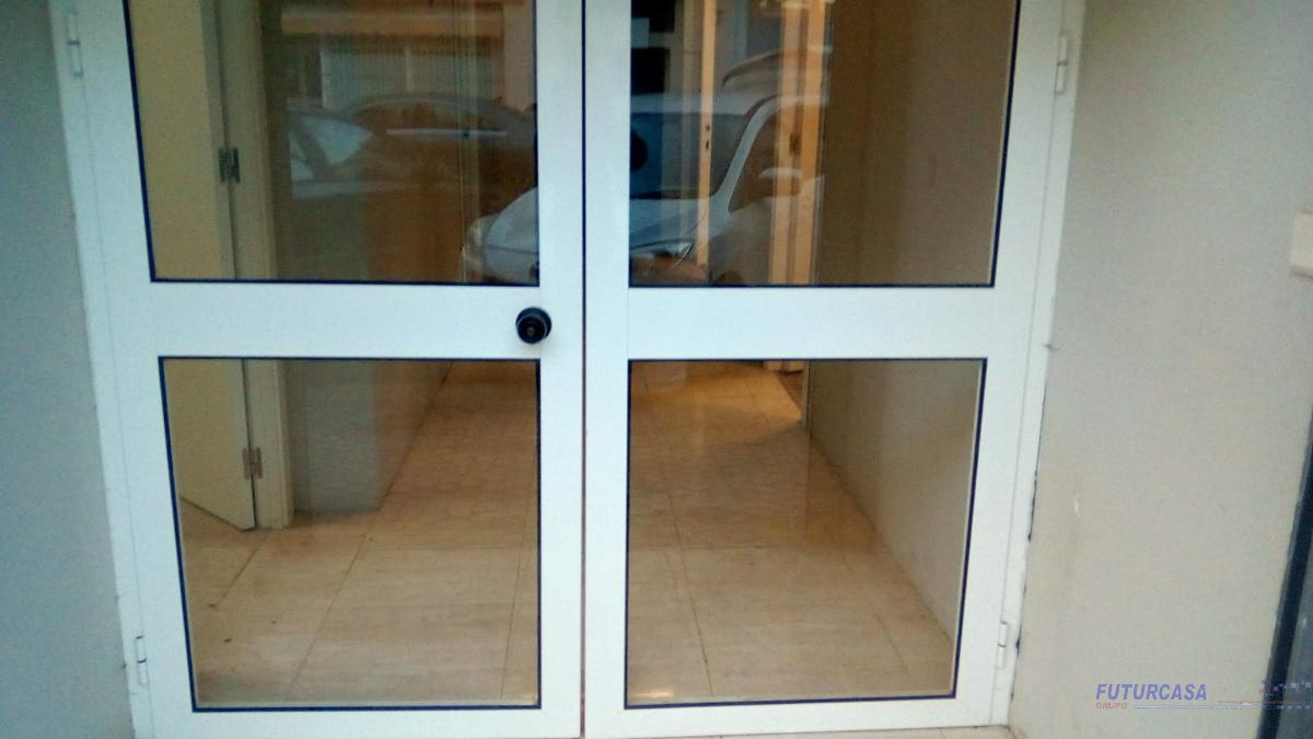 For rent of commercial in Sevilla
