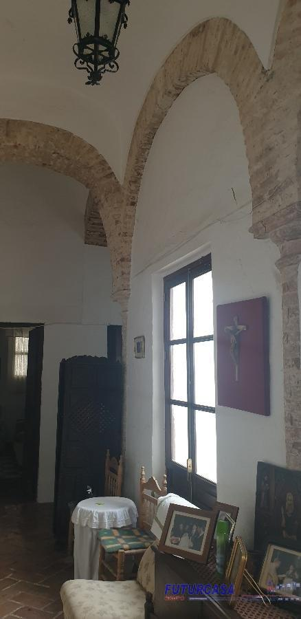 For sale of house in Carmona