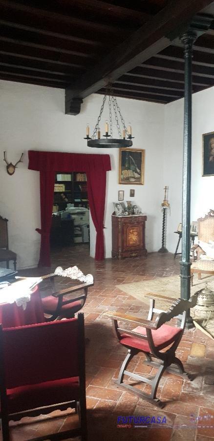 Venta de casa en Carmona