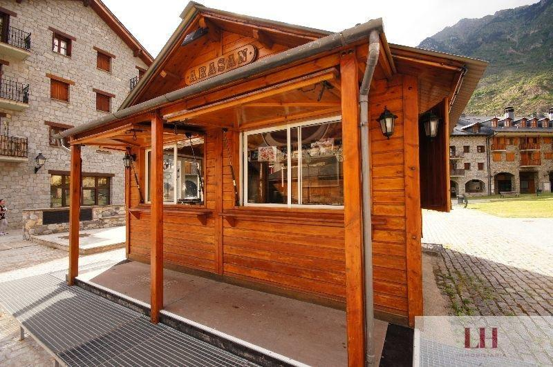 For sale of commercial in Benasque