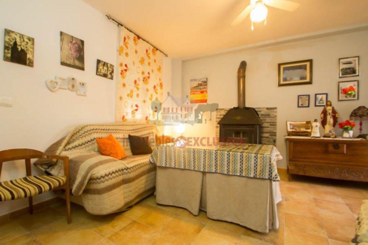 For sale of house in La Malahá