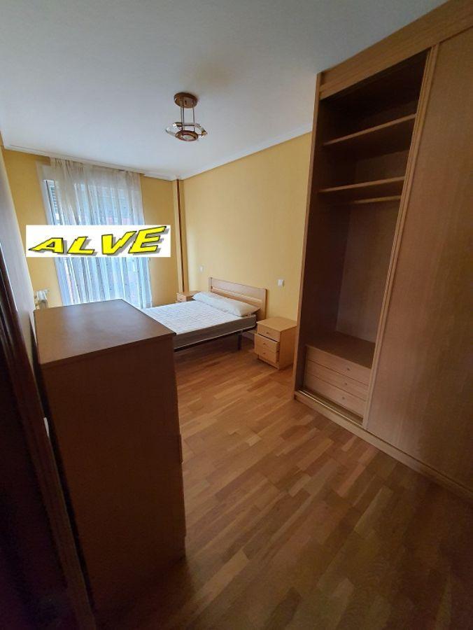 For rent of flat in Entrambasaguas
