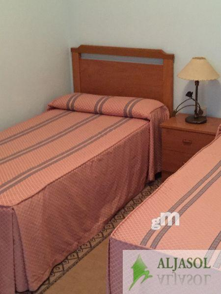 For sale of hotel in Hinojos