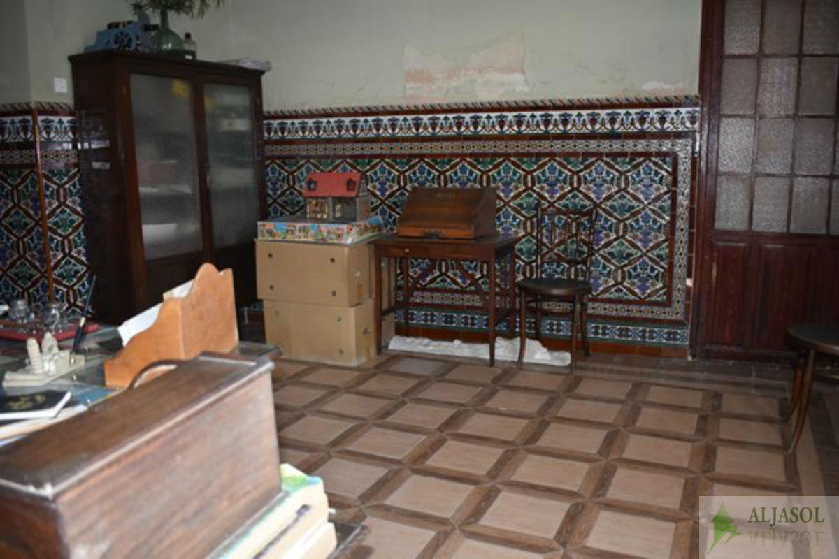 For sale of house in Castilleja de la Cuesta