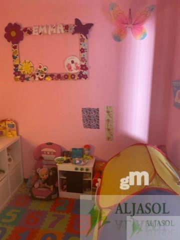 For sale of house in Benacazón