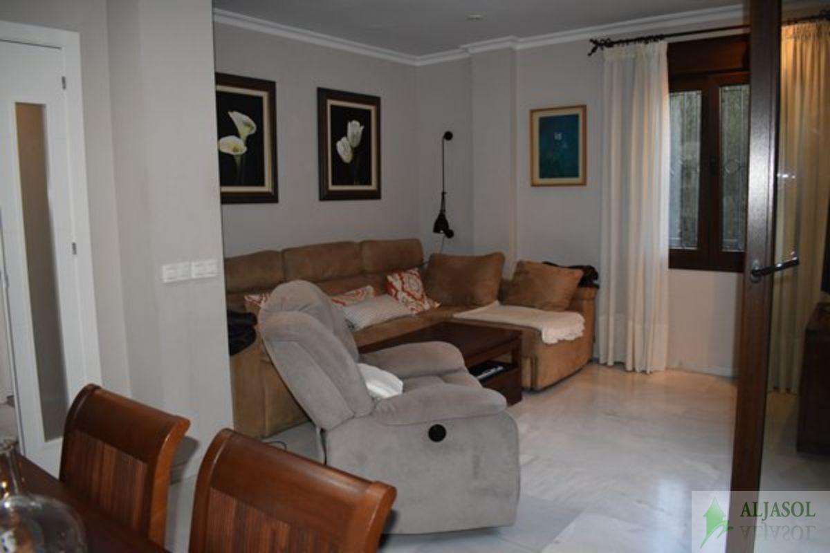 For sale of house in Castilleja de la Cuesta