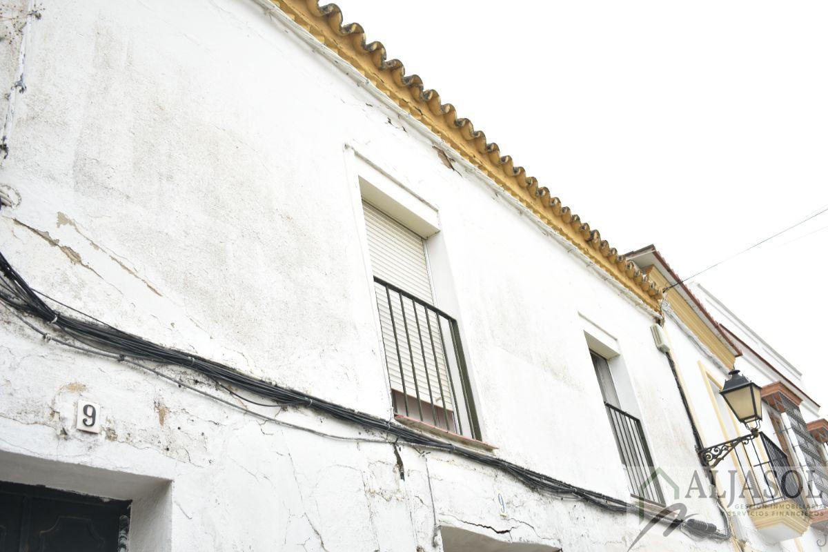 Venta de casa en Sanlúcar la Mayor