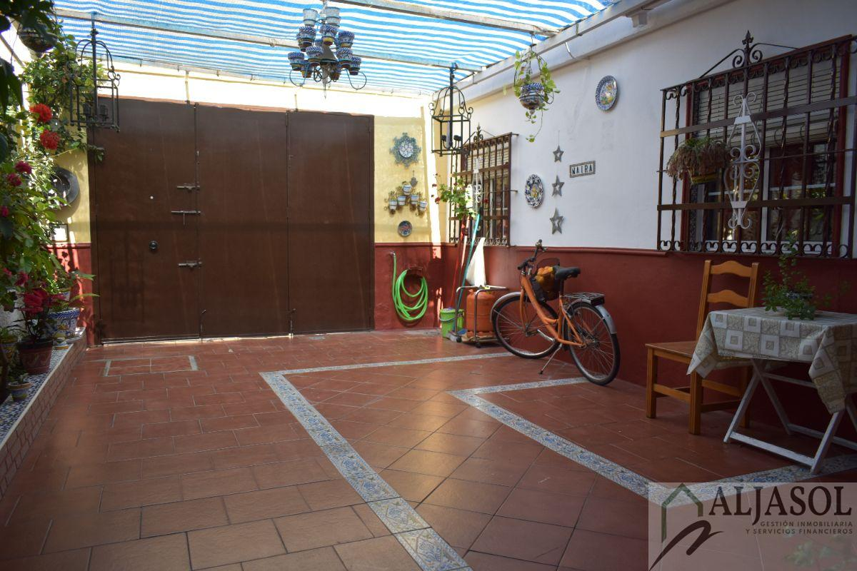 Venta de casa en Benacazón