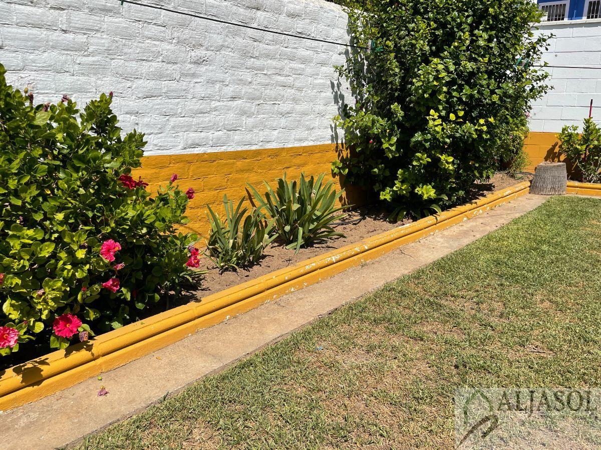 For sale of flat in Bollullos de la Mitación