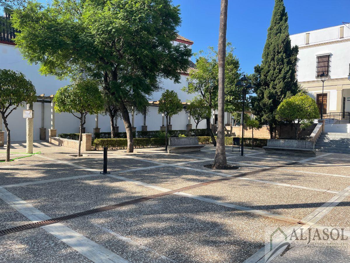 Venta de local comercial en Castilleja de Guzmán