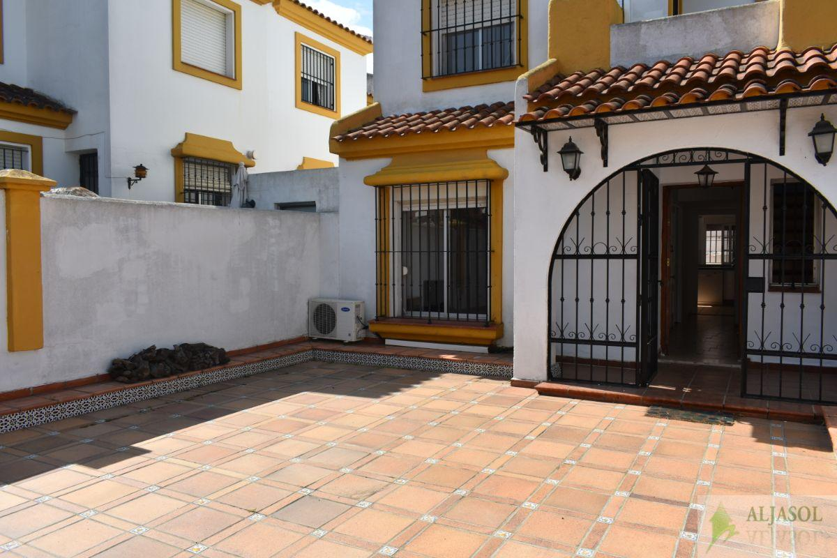 For sale of house in Tomares