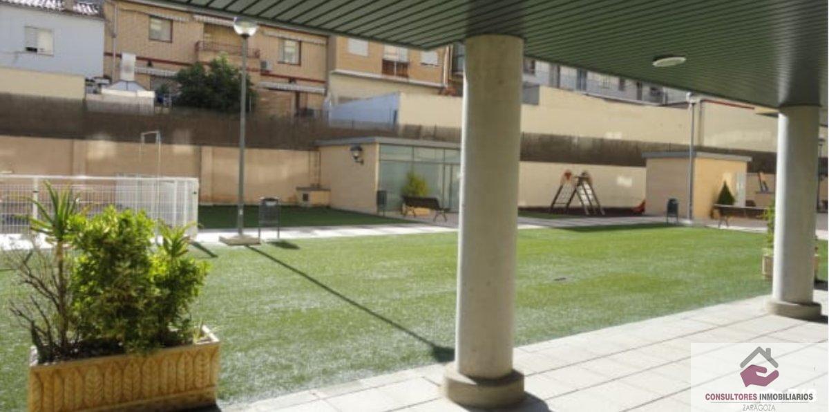 For sale of flat in Cuarte de Huerva