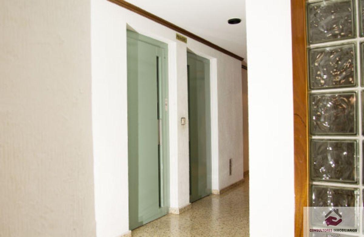 For sale of flat in Zaragoza