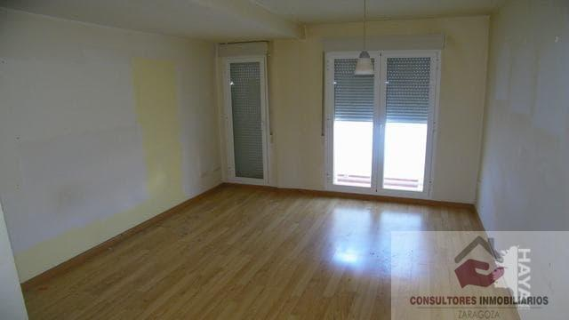 For sale of flat in Alagón
