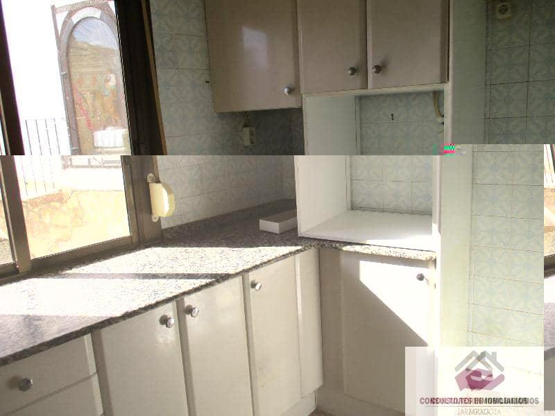 For sale of flat in La Ginebrosa