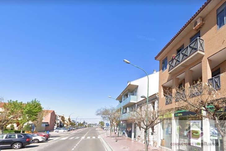 For sale of flat in La Puebla de Alfindén