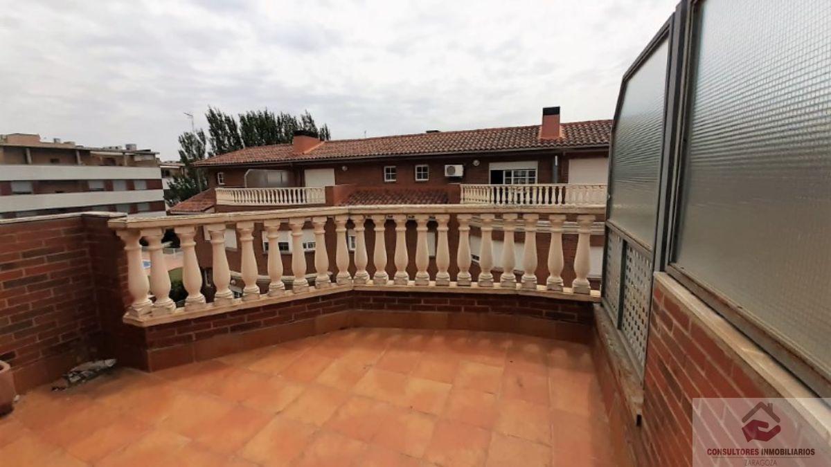 For sale of chalet in Cuarte de Huerva