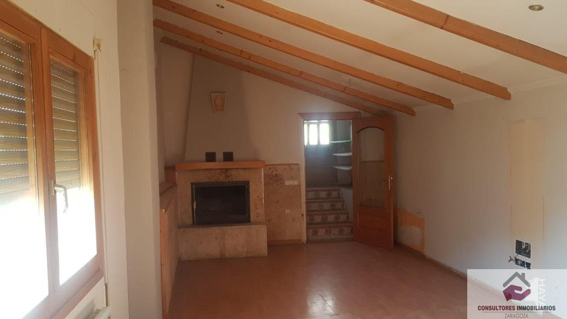 For sale of chalet in Zuera