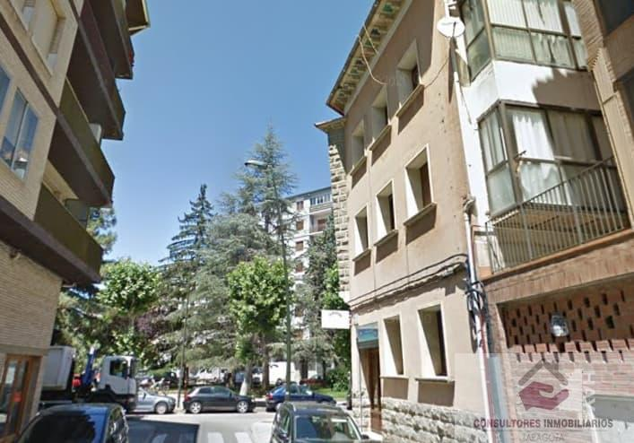 For sale of flat in Jaca