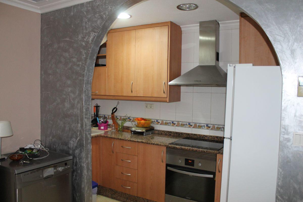For sale of ground floor in Elche-Elx