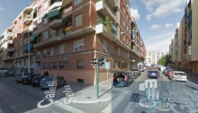 For sale of garage in Elche