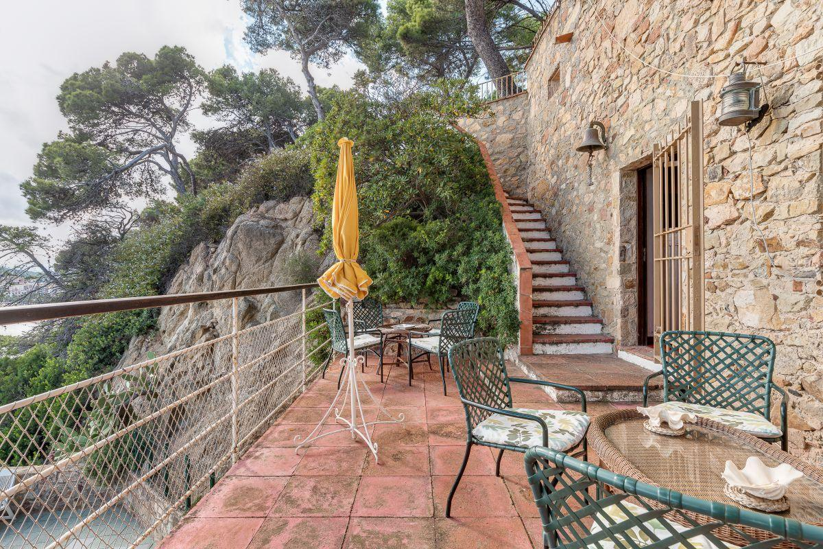 For sale of villa in Lloret de Mar