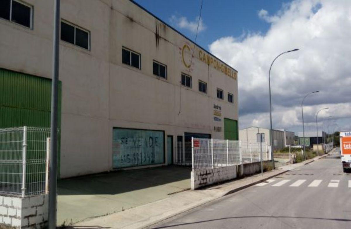 Venta de nave industrial en Chapinería