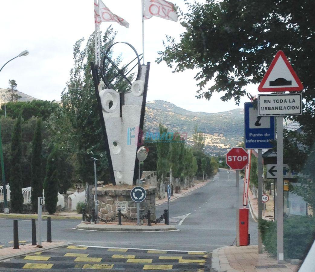 For sale of land in El Espinar
