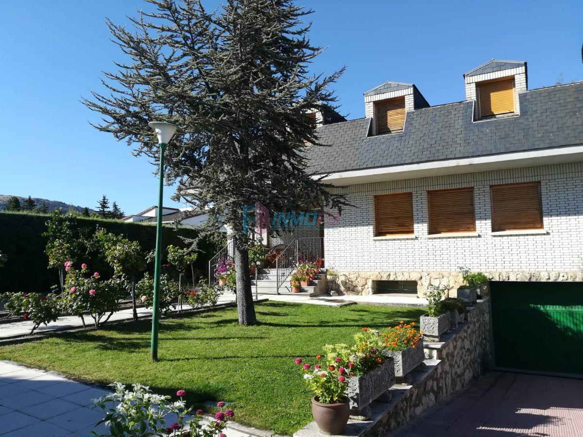 For sale of chalet in Palazuelos de Eresma