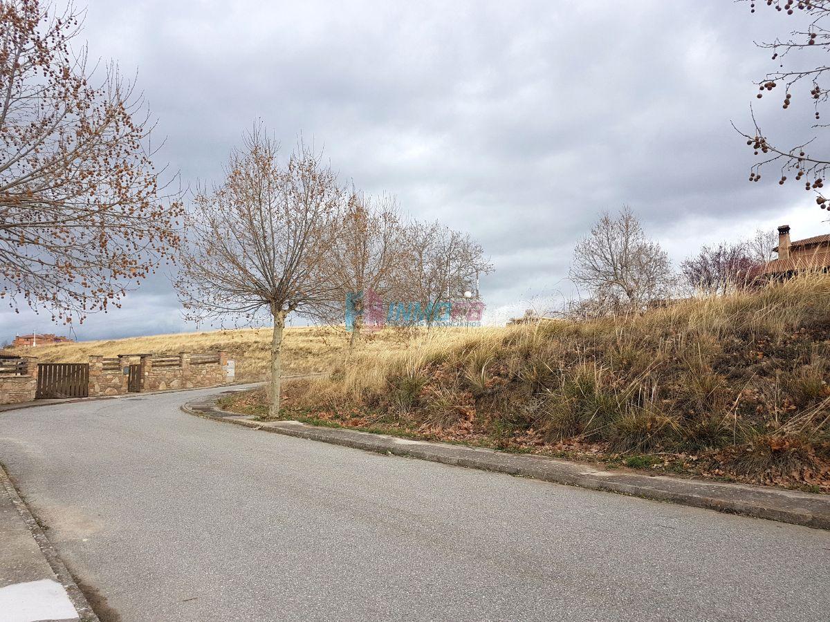 For sale of land in San Cristóbal de Segovia
