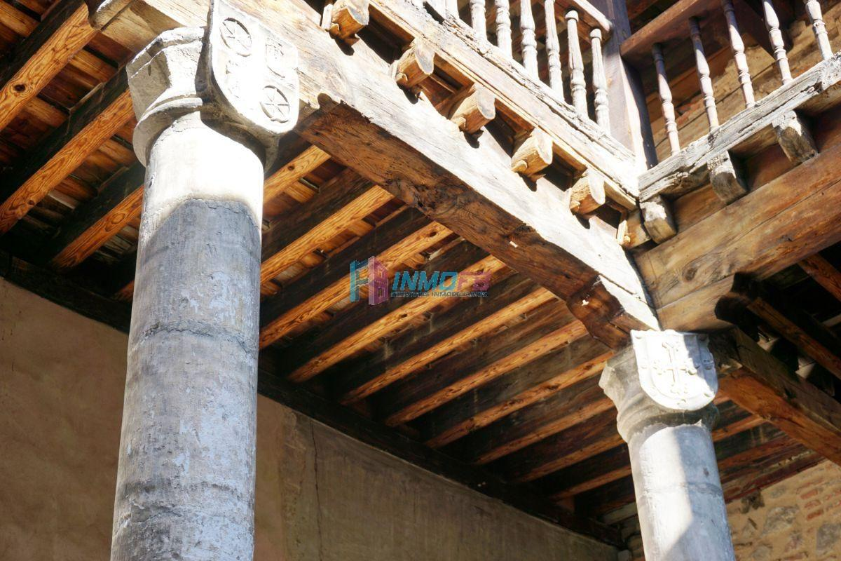 For sale of building in Segovia