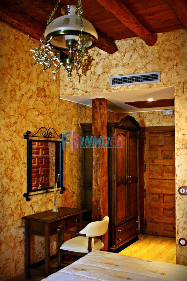 For sale of house in Fuentepelayo