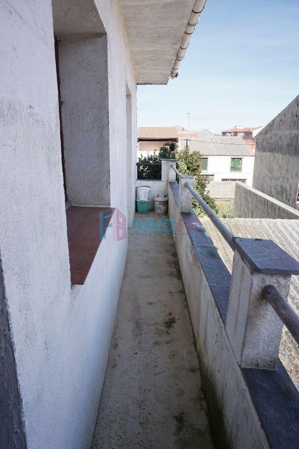 Venta de casa en Carbonero el Mayor